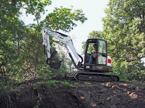 Where to find EXCAVATOR BOBCAT E 50 W THUMB in Durango